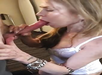 Slut milf blows bull