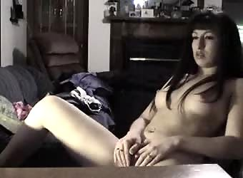 Tattooed goth chick records herself solo