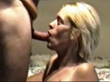 Wife deepthroats on cam