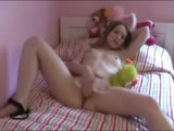 Amateur teen masturbation