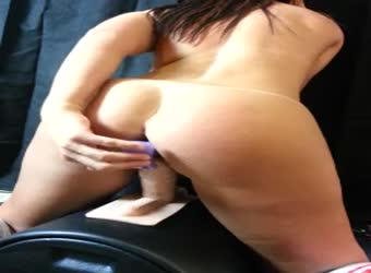 Chubby girlfriend riding a sybian machine