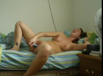 Young girl has a nice solo sessions with her dildo