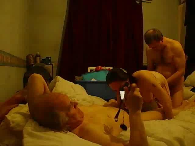 Amateur Wife Sharing Cuckold