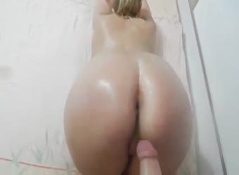 Chubby amateur pawg loves anal and cum