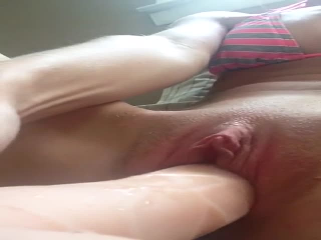 Bbc Stretching Tight Pussy