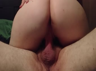 Watch wife's ass as she grinds new cock