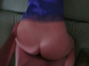 Yaking big ass wife doggystyle