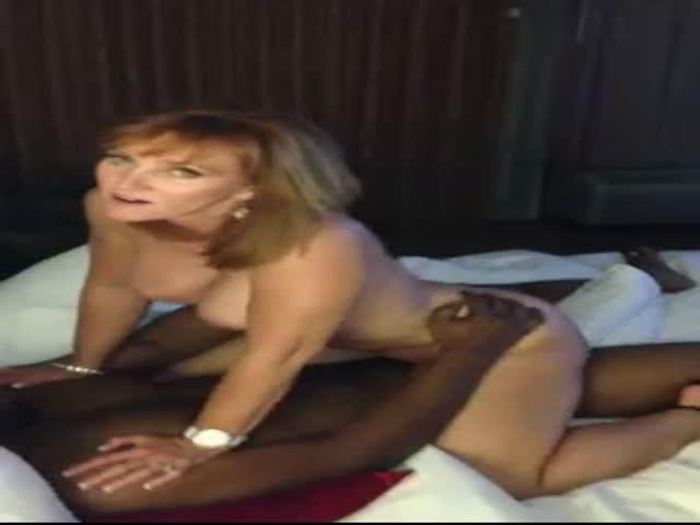ebony sucking dick squirting