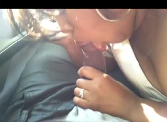 Cheating black girl giving great head in the car
