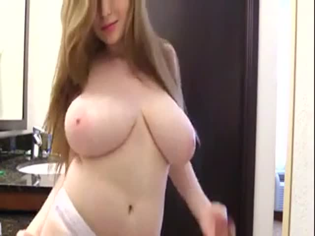 Amateur Blowjob Perfect Tits