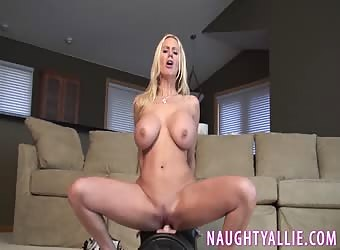 Sybian squirt video