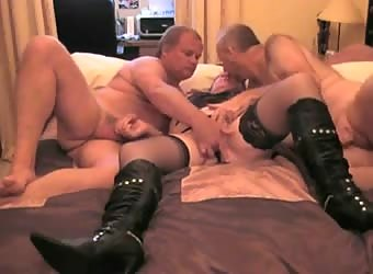 Bi mmf threesome