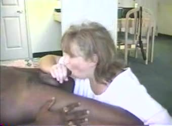 Hotwife Dawn loves black cum