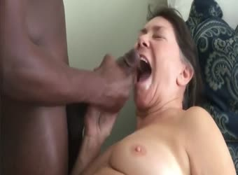 Mature eats a young BBC load