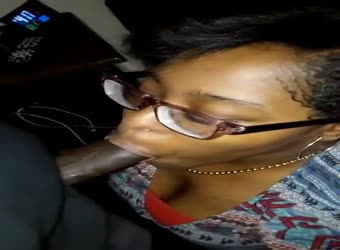 Nerdy black teen sucking good BBC