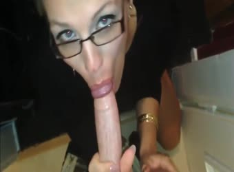 Sexy short haired slut loves big dick anal tasting cum