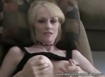 Granny Gives Sloppy Blowjob and Facial