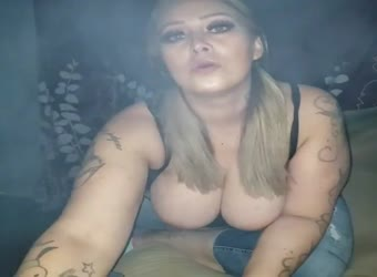 BBW Latina Smokin Blunts Sucking Dick