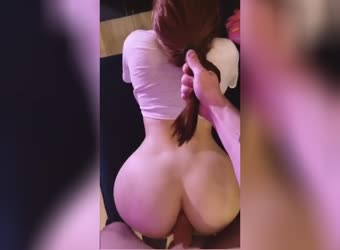 Fucking her ass pulling her hair