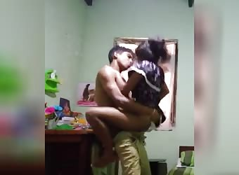 Horny Desi College Girl gets Fat Indian Dick